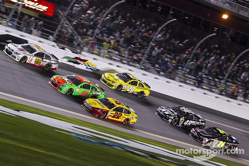 NASCAR expands Sprint Unlimited field