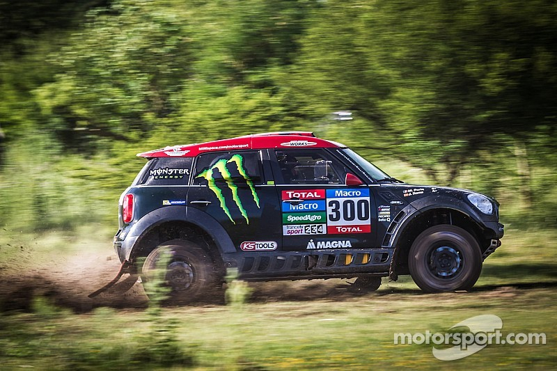 Nine MINI ALL4 Racing cars facing the biggest challenge in motorsports