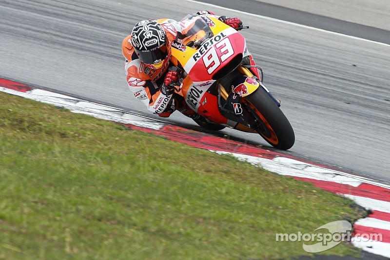 Marquez blitzes testing lap record at Sepang on final day