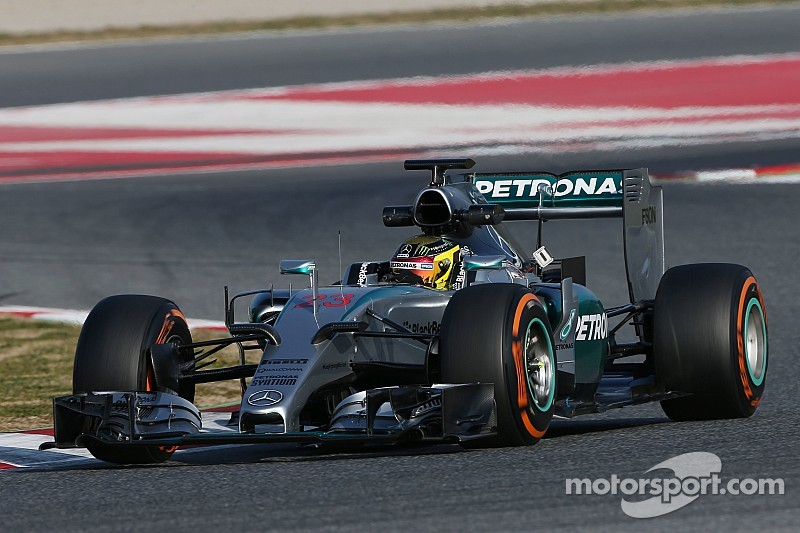 Hamilton and Wehrlein double up on eventful opening day for Mercedes in Spain