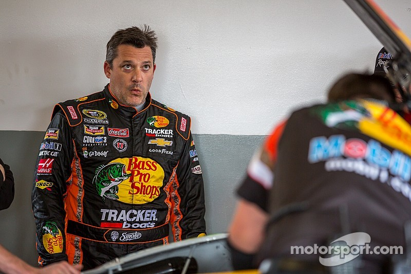 Tony Stewart takes blame for seven-car wreck at Daytona