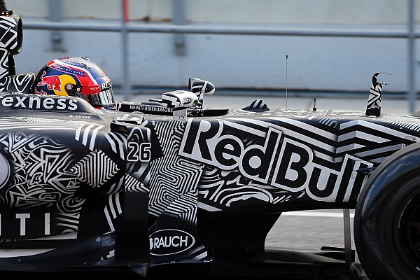 Red Bull Racing назвала график работы пилотов на тестах