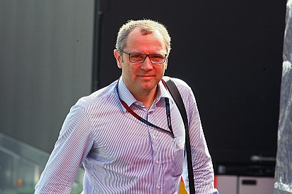 "Domenicali ""working hard"" on FIA Formula 2"
