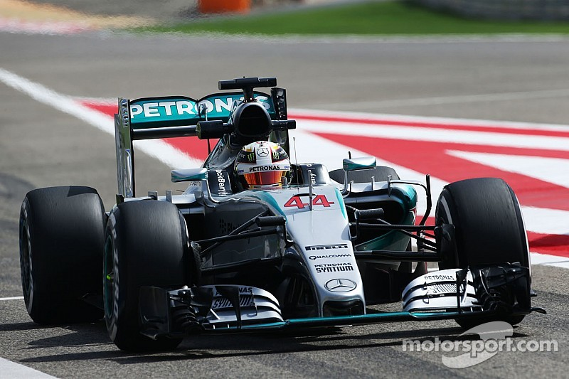 Mercedes' Hamilton stormed to pole position for the 2015 Bahrain GP