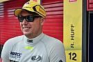 Huff fue hospitalizado luego de un accidente en una prueba