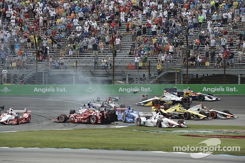 First turn crash takes out contenders in GP of Indy