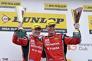 BTCC Reporte de la carrera Shedden lidera el 1-2 de Honda en la carrera 1 de Thruxton