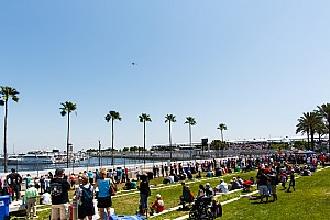 IndyCar Breaking news Fan injured in IndyCar season opener files lawsuit