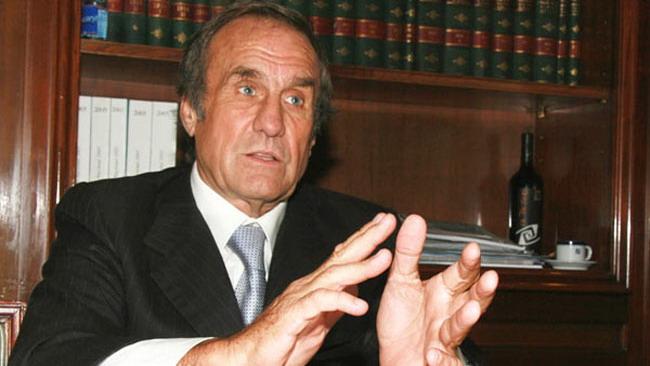 Reutemann riceve minacce via web dall'ex moglie