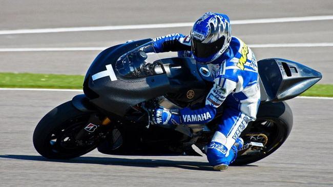Yamaha al Signor Nessuno: Yoshikawa al posto Rossi