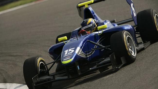 Tom Dillmann subito in pole all'esordio in GP3