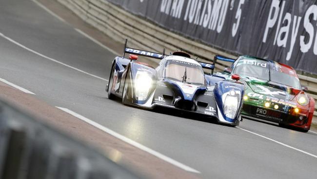 Peugeot al top nel warm up