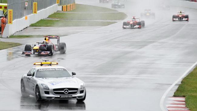 Bandiera rossa: gara interrotta per pioggia