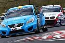 La Chevy di Muller svetta, la Volvo sorprende