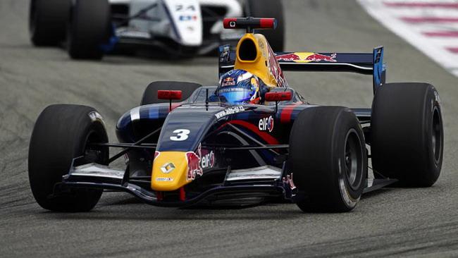 Dieci secondi di penalità per Daniel Ricciardo