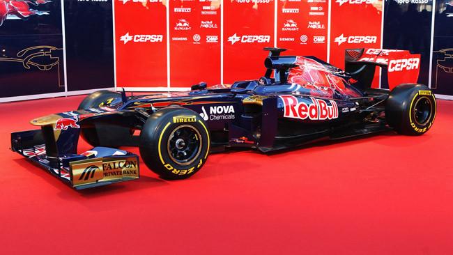 Radiatori olio in coda sulla Toro Rosso STR7