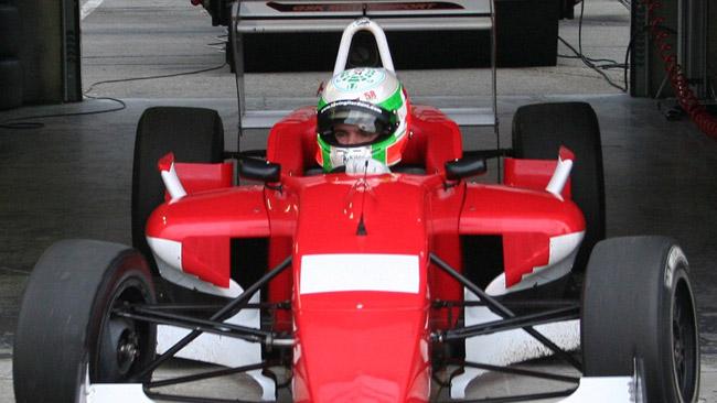 Formazione a tre punte per la GSK Motorsport