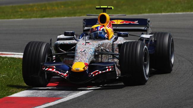 La Red Bull riporta le facce dei tifosi sulla RB8