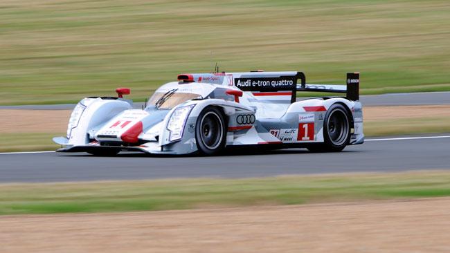 2° Ora: dominio delle Audi R18 e-tron quattro