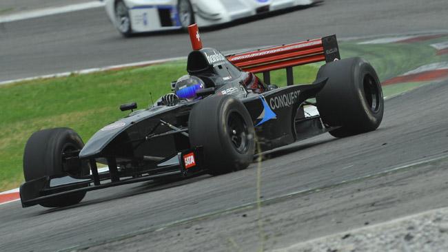 Test su una Lola di Formula Nippon per Ohmura