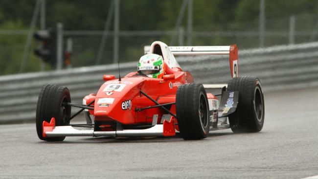 Kevin Gilardoni dalla pole alla vittoria