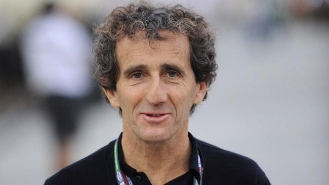 Alain Prost si esibisce con la Red Bull al Paul Ricard