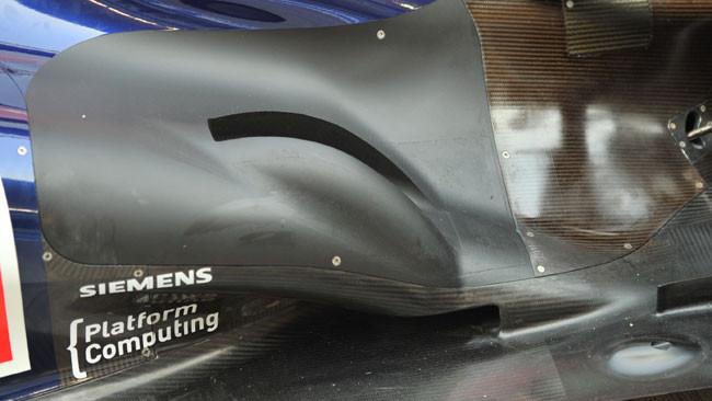 La Red Bull Racing con più gobba dagli scarichi