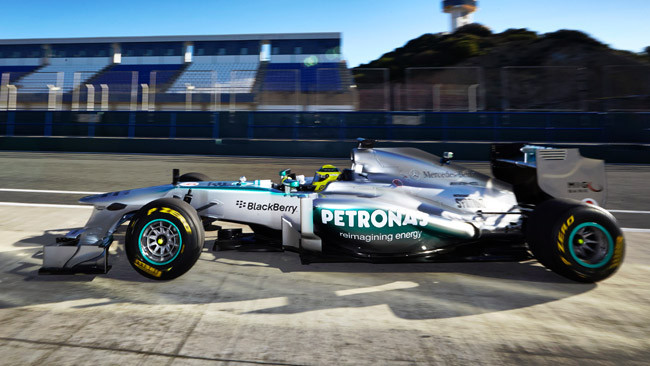 Rosberg ha portato al debutto la Mercedes W04