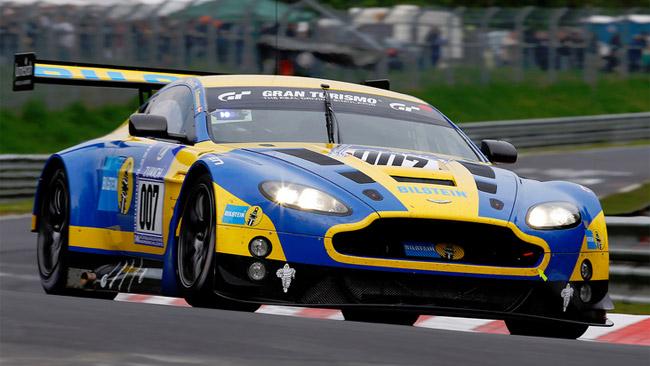 Una Aston Martin ufficiale al via a Silverstone