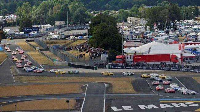Il Ferrari Challenge Europa fa tappa a Le Mans