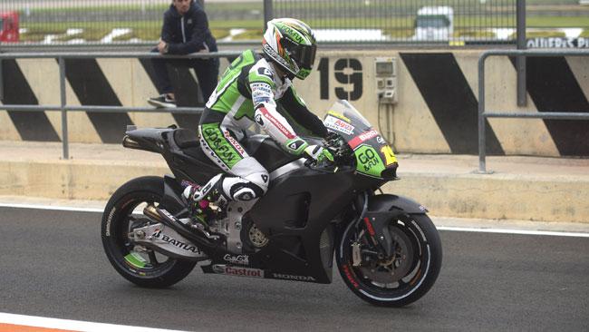Bautista cade dopo pochi giri con la Honda 2014