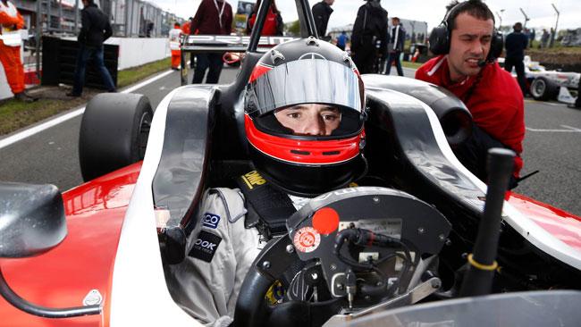Lucas Auer passa alla Mucke Motorsport nel 2014