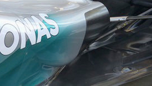 Mercedes: la fine delle fiancate è più panciuta