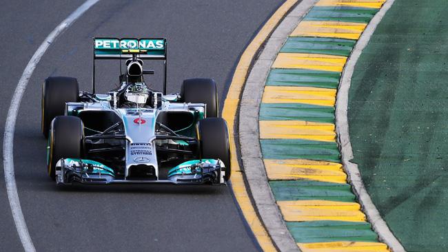 Gp Australia: Rosberg porta in fuga la Mercedes