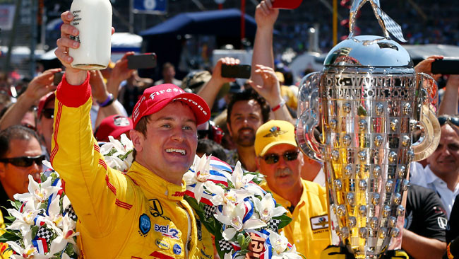 Hunter-Reay batte Castroneves e la Indy 500 è sua!