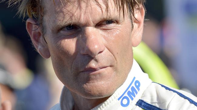 Gronholm tester dalla Vw sulla Polo R WRC