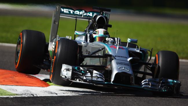 Hamilton si rilancia a Monza e la Ferrari sprofonda!