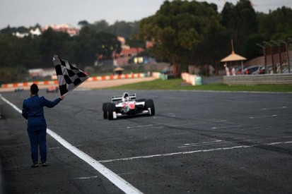 Estoril Auto GP: Shinya Michimi claims first series win