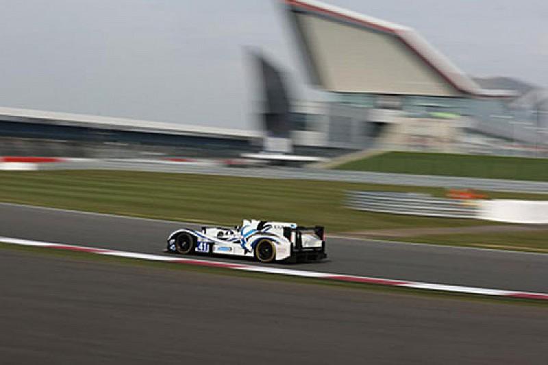 Lancaster coglie la pole position a Silverstone