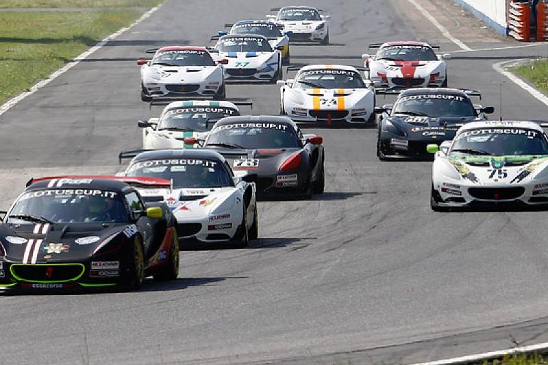 Lotus Cup Italia: 13 vetture in pista a Varano