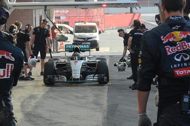 Barcellona, Day 1, Ore 10: Rosberg macina chilometri