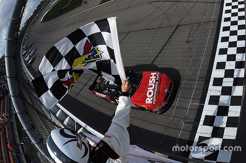 Roush racers settle Dover differences in team meeting