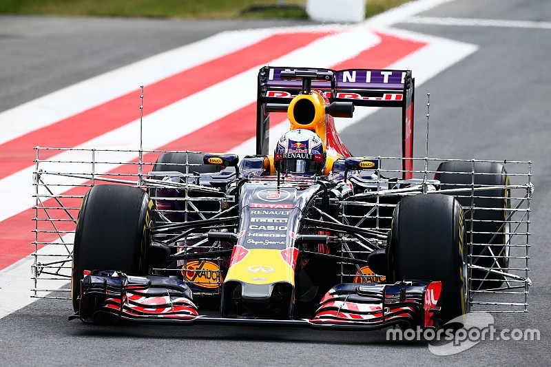 Red Bull can fight Williams at Silverstone, claims Ricciardo