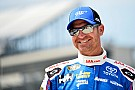 Bowyer blasts off with top spot in practice