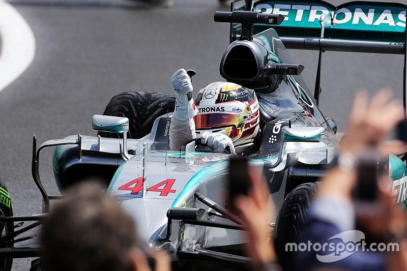 """Mercedes salue la """"décision parfaite"""" de Lewis Hamilton"""
