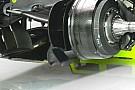 Mercedes: c'è un flap in più attaccato alla brake duct
