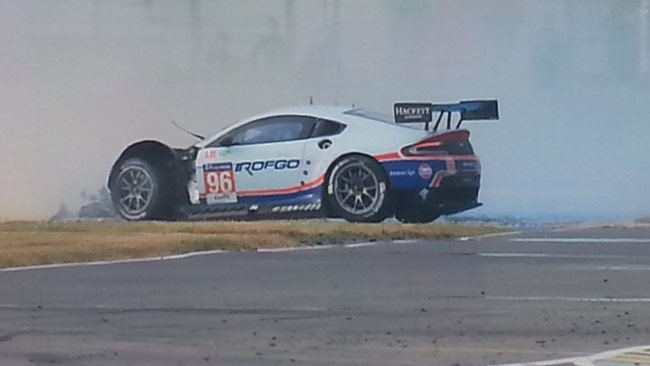 Le Mans, 17° ora: Brutto incidente per Goethe