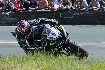 Hutchinson vince anche in Gara 2 della Supersport