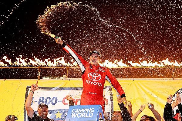 NASCAR Truck Bell se lleva la victoria en Eldora