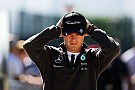 Rosberg admite dificuldades com freios da Mercedes